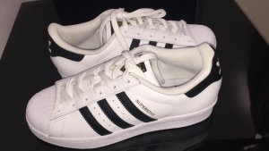 Adidas Superstar, neu