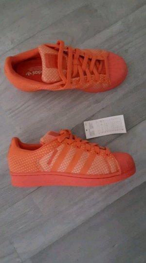 adidas Superstar Original neu mit Etikett Koralle Größe 38