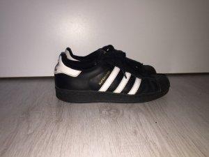 Adidas Superstar Schwarz/Weiß