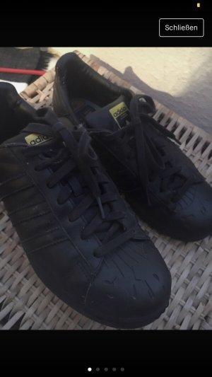 Adidas Originals Lace-Up Sneaker black-yellow