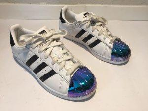 ADIDAS Superstar Sneaker mit schimmernder Kappe Gr.38