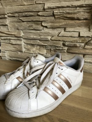 Adidas Superstar weiß-gold