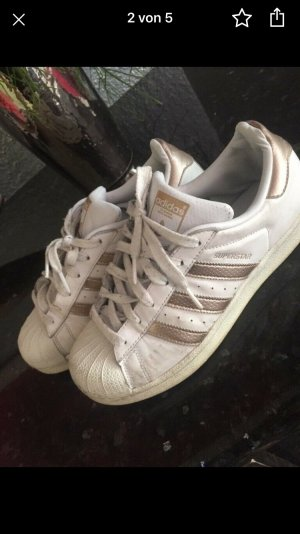 Adidas superstars 40