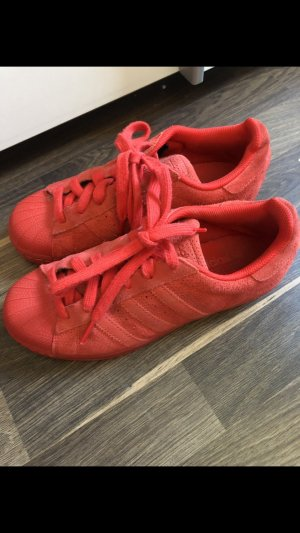 Adidas Lace-Up Sneaker red