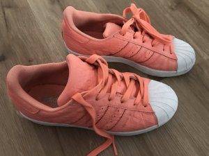 Adidas Superstars coral white