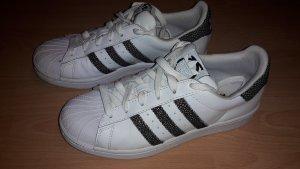 Adidas Superstars Gr. 37 1/3