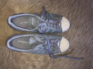 Adidas Zapatilla brogue gris