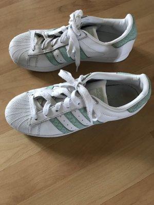 Adidas Superstars Gr. 40 weiß/türkis