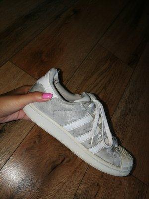 Adidas Originals Zapatilla brogue blanco-color plata