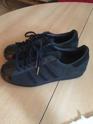 Adidas Superstars Schuhe Limited Edition