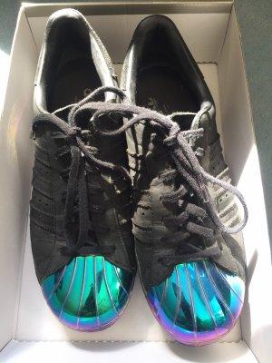 Adidas Superstars schwarz größe 40