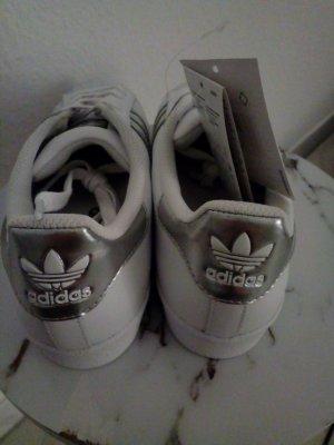 Adidas Superstars weiß silber