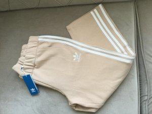 Adidas Pantalón pirata nude-crema