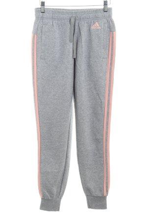 Adidas Joggingbroek lichtgrijs-rosé gestreept patroon atletische stijl