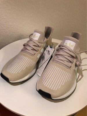 Adidas Swift Run *Neu*   Gr. 40 2/3 - Clear Brown/White/Core Black