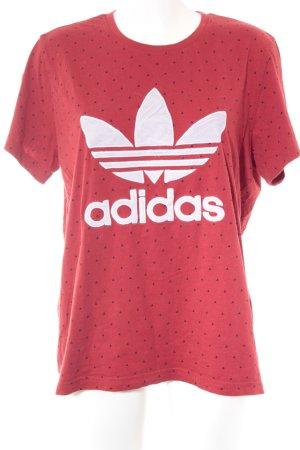 Adidas Camiseta rojo estampado repetido sobre toda la superficie look casual