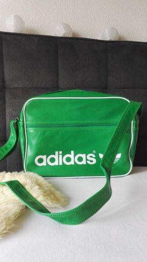 Adidas-Tasche