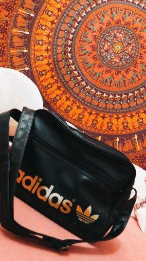 Adidas Tasche in Schwarz