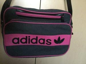 Adidas Tasche neuwertig