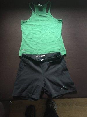 Adidas Top und kurze Hose