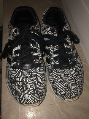 Adidas torsion schwarz weiß