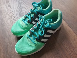 Adidas Trainings Schuhe