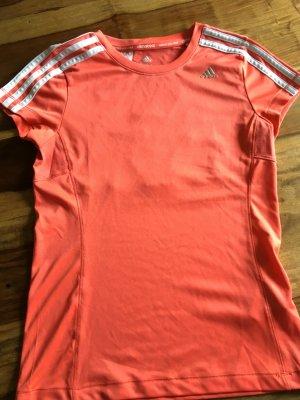 Adidas Trainingsshirt abzugeben