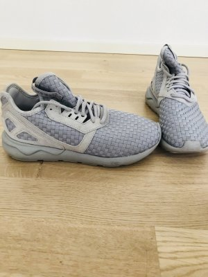 Adidas Originals Sneaker stringata grigio chiaro