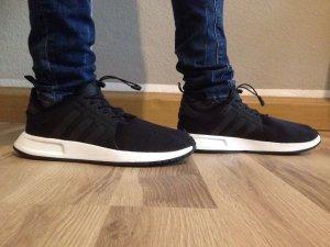 Adidas Turnschuh schwarz Gr.39 * guter Zustand mit kleinen Makel*