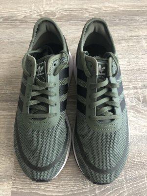 Adidas Originals Sneakers met veters khaki-zwart
