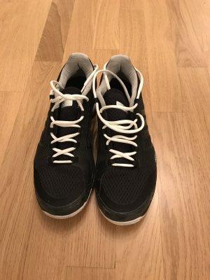 Adidas by Stella McCartney Sneakers zwart