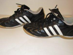Adidas Turnschuhe Gr. 38