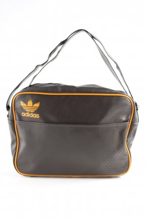 1883facb3 Bandoleras de Adidas a precios razonables| Segunda mano | Prelved