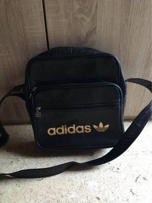 191de93e6a08e Adidas Taschen günstig kaufen
