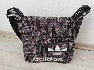 Adidas Umhängetasche in taupe/schwarz/violett