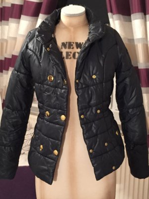 Adidas Winter Jacke ...........