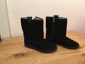 Adidas Winterschuhe in schwarz