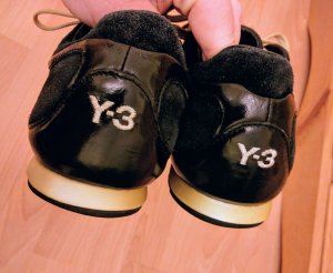 Y-3 Lace-Up Sneaker black-gold-colored leather