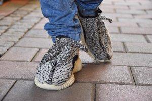 Adidas Originals Lace-Up Sneaker black-cream