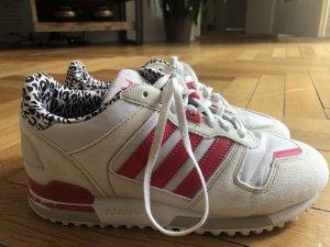 Adidas ZX 700 Sneaker