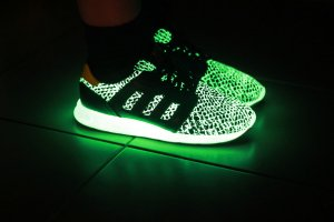Adidas ZX500 glow in the dark schwarz 38 2/3