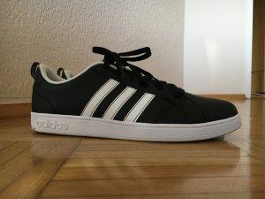 AdidasNEO Sneaker neu