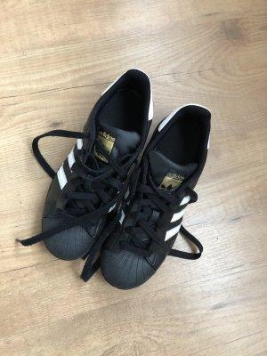 Adidias Sneaker