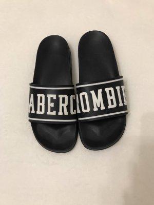 Adiletten Abercrombie & Fitch