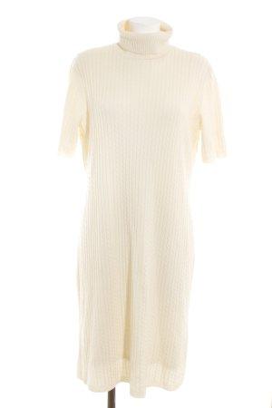 ae elegance Vestido de lana crema punto trenzado look casual