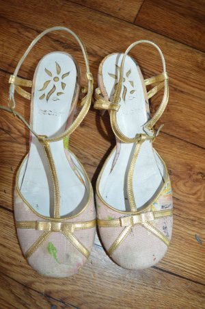 Ältere hübsche sacha Sandalette Gr. 38
