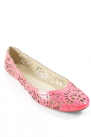 AERIN Slippers neon red beach look