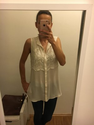 Ärmellose Bluse mit spitze