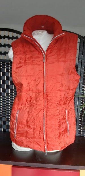 Gina Laura Quilted Gilet orange