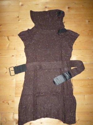 Ärmelloser langer Pullover in dunkelbraun